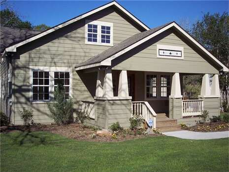 Craftsman style homes in houston by price houston chronicle for Craftsman style homes for sale in texas