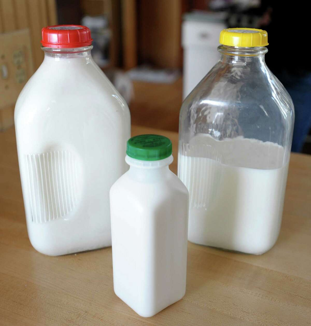 DON'T eat this: Stay away from dairy products including milk, yogurt and cheese.