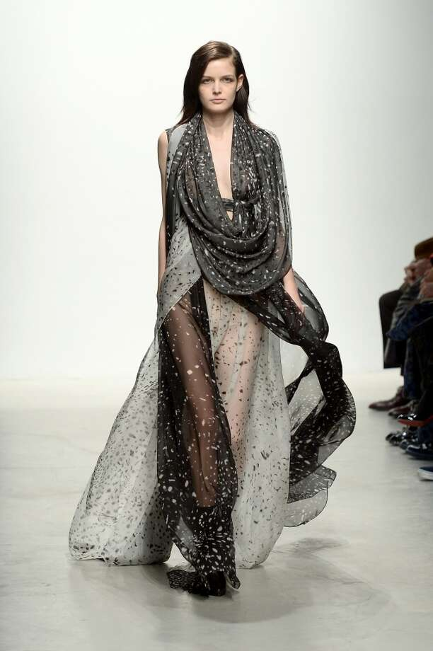 A scarf so large it doubles as a dress. Photo: Dominique Charriau, Getty Images