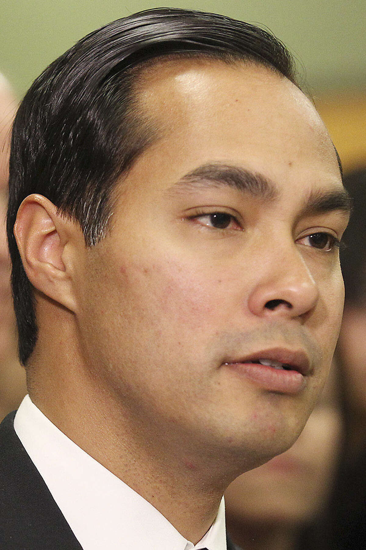 Julián Castro is among the members of the Mayors for Educational Excellence Tour.