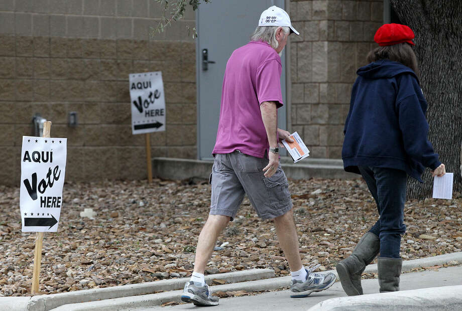 With voters Tuesday hitting polling sites throughout the state for the primary elections, a reader says the voter ID requirement should not have sparked so much controversy. Photo: John Davenport / San Antonio Express-News / ©San Antonio Express-News/Photo may be sold to the public