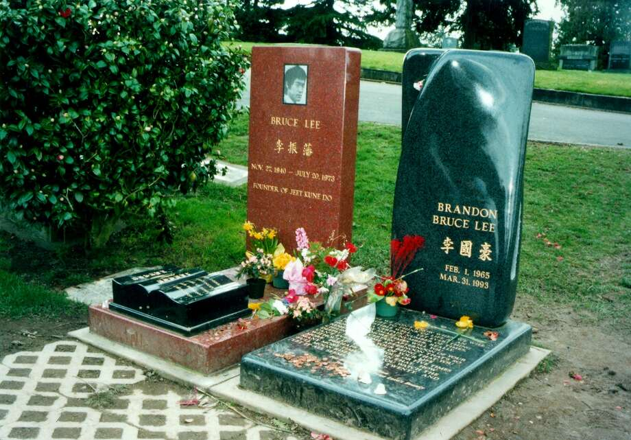 Bruce Lee and his actor son Brandon Bruce Lee are buried at Lakeview Cemetery, Seattle Photo: HILDA ANDERSON, Seattlepi.com File Photo