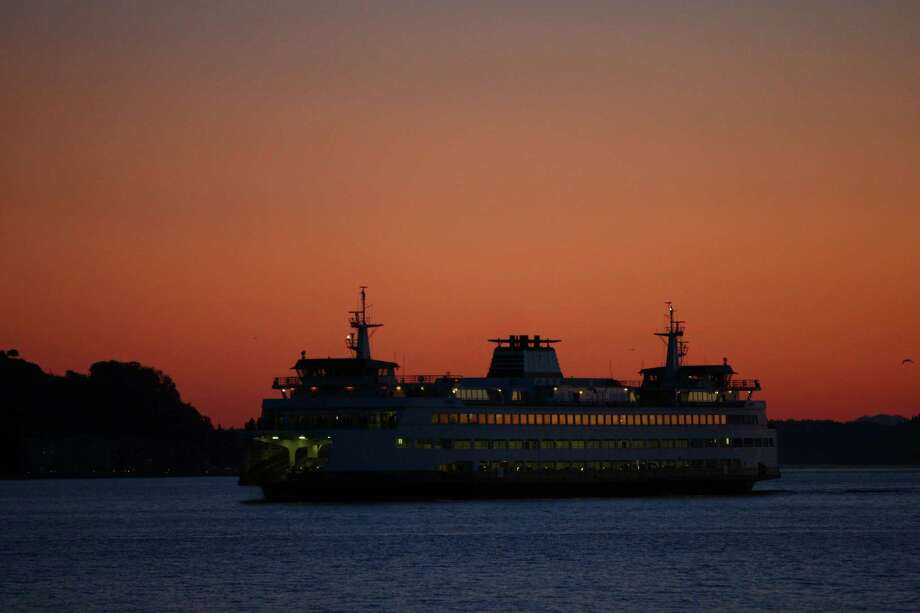 Go: Washington State Ferry rideLeave the car behind (it's cheap that way) and take a round-trip to Bainbridge Island or Bremerton. It's a low-cost Puget Sound cruise with wonderful sights on either route. Photo: JOSHUA TRUJILLO, Seattlepi.com File Photo / SEATTLEPI.COM