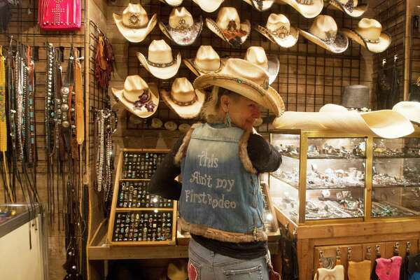 8d7ac293336 Retailers give rodeo s boon a tip of the hat - HoustonChronicle.com