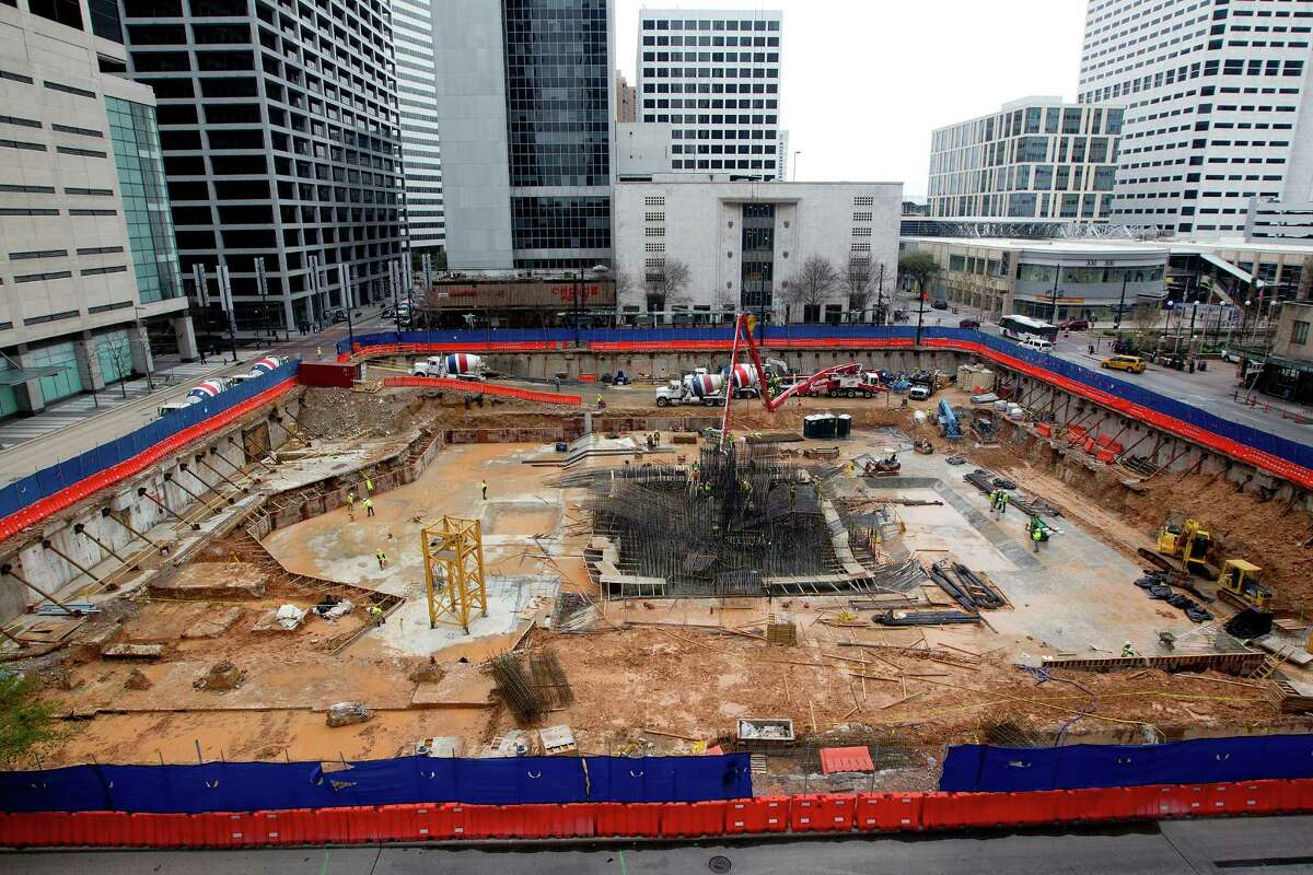 Developer: HinesLocation: Main Street and Dallas StreetFloor count: 23End date: 2015See more photos: Heavy construction at the old downtown Macy's site