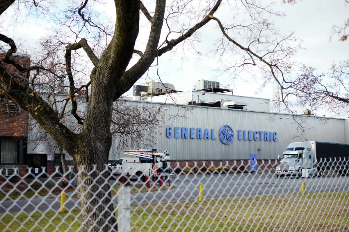 A view of the General Electric Fort Edward plant on Tuesday, Nov. 19, 2013. (Paul Buckowski / Times Union)