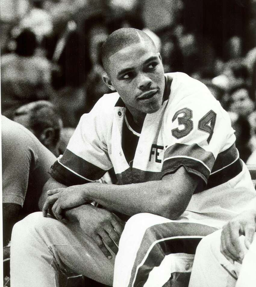 Fennis Dembo, Fox Tech High School Scored four points in one minute for Detroit at Phoenix on Nov. 18, 1988. Dembo averaged 1.2 points in 31 career games.