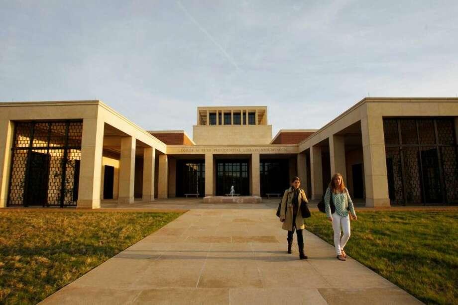 Southern Methodist University (Dallas) tuition and fees: $43,800 (AP Photo/Kim Johnson Flodin)