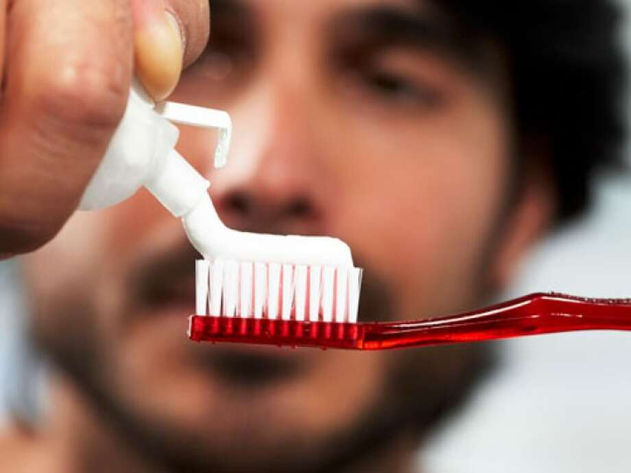 Do whitening toothpastes whiten teeth more than regular toothpaste? Short answer: No. Get the long answer from Business Insider's Dina Spector.
