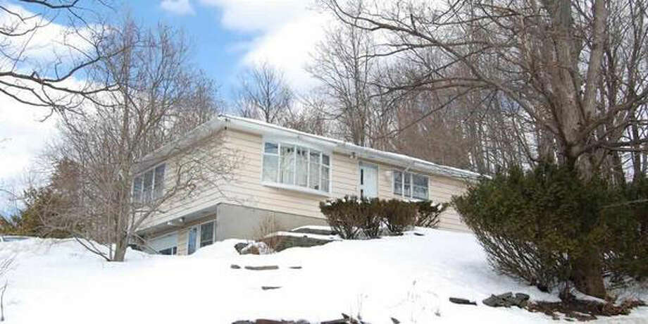 $168,800. 15 MOUNTAINVIEW AV, Troy, NY, 12180. Open Sunday, March 9 from 1:00 p.m. - 3:00 p.m. View this listing. Photo: CRMLS
