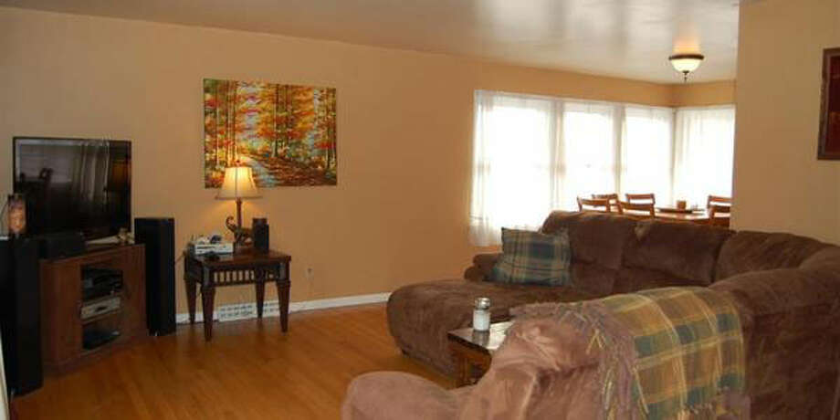 $168,800.15 MOUNTAINVIEW AV, Troy, NY, 12180. Open Sunday, March 9 from 1:00p.m. - 3:00 p.m.View this listing. Photo: CRMLS