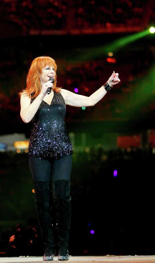 Reba McEntire performs at the Houston Livestock Show and Rodeo on March 9. Photo: Mayra Beltran, Houston Chronicle / © 2012 Houston Chronicle