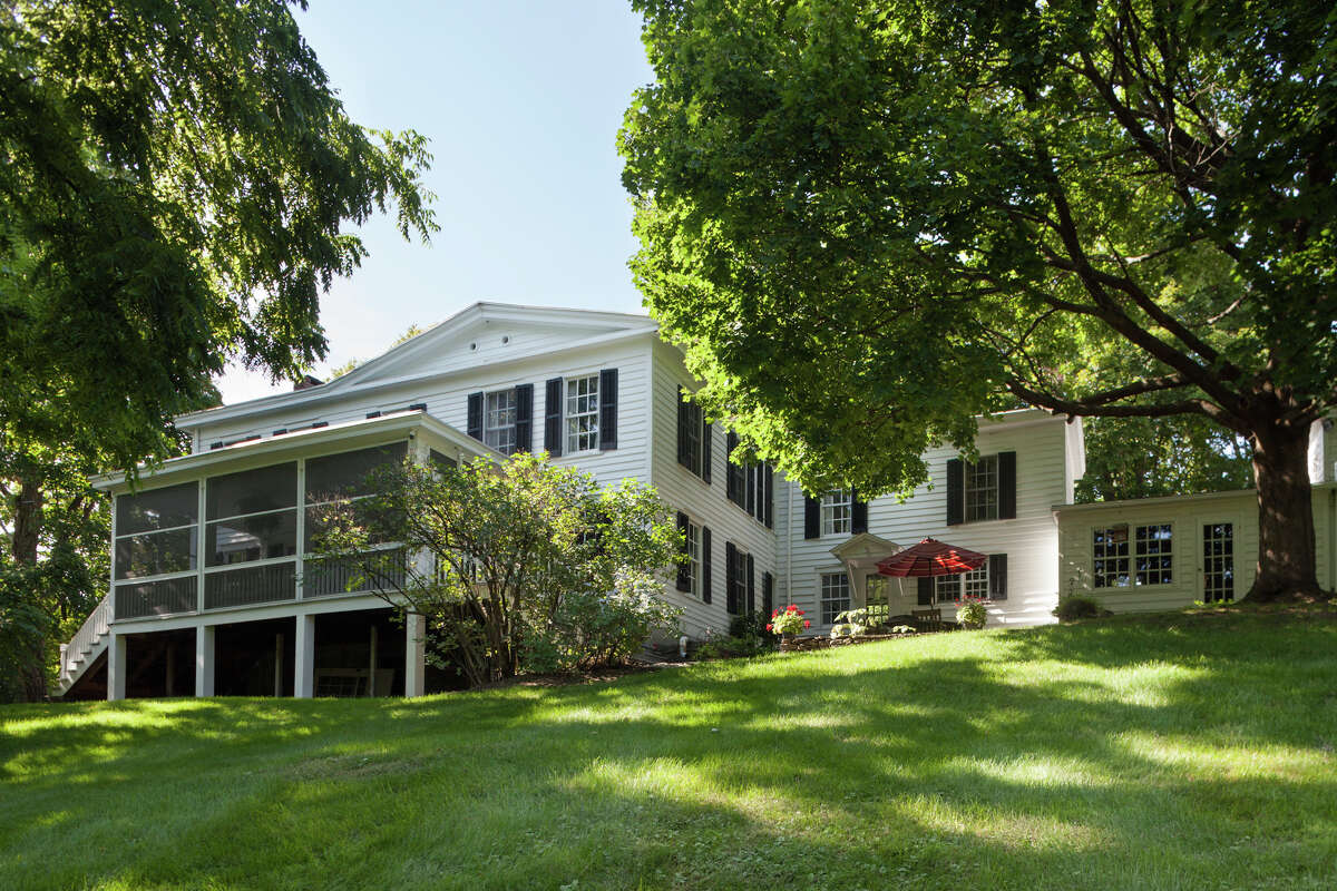 House of the Week: 6 Pratt Road, Chatham | Realtor: Steven Girvin of Better Homes and Gardens Tech Valley Real Estate | Discuss: Talk about this house