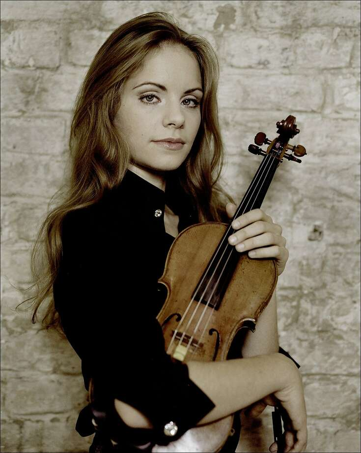 Julia Fischer played Prokofiev's Violin Concerto No. 1. Photo: Kasskara