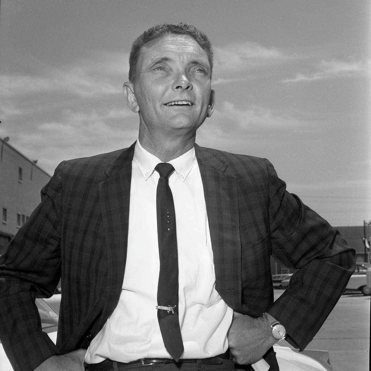 Houston Post columnist Leon Hale in April 1965.