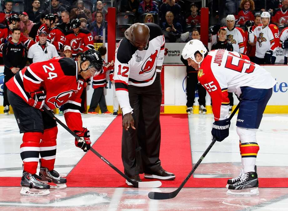 17. Shaq is a big fan of the New Jersey Devils. Photo: Paul Bereswill, Getty Images