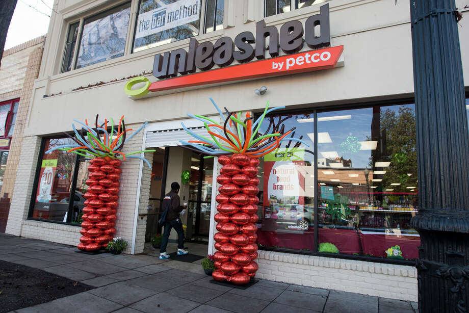 The new Unleashed by Petco store on Lakeshore Ave. in Oakland., It's the latest in a growing number of Oakland stores that specialize in organic pet food twice the price of regular pet food. Photo: SF Gate / Douglas Zimmerman