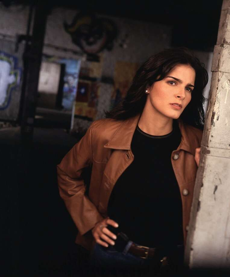 "This actress currently stars as one half of the TV crime-solving duo ""Rizzoli & Isles."""