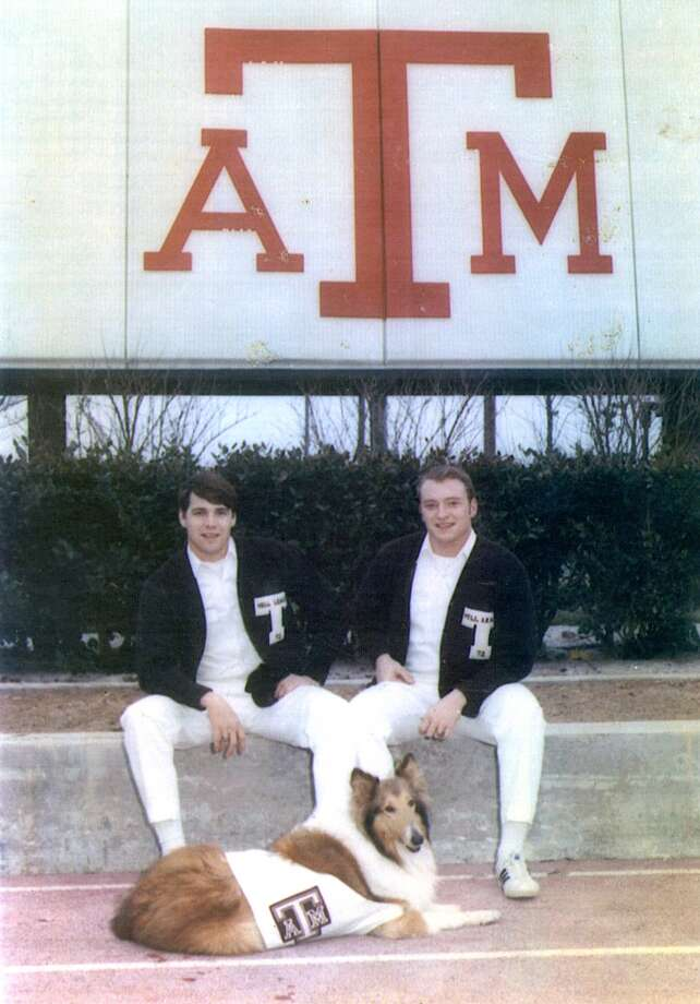 Those who follow Texas politics may recognize this Aggie on the left. Photo: Associated Press
