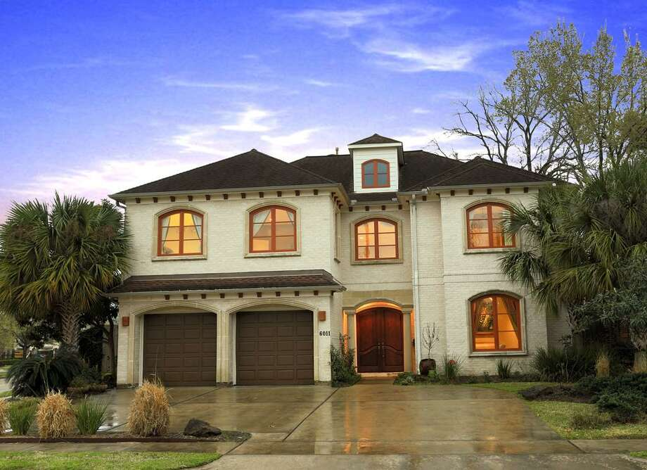 6011 Rose: This 2001 home has 4 bedrooms, 3.5 bathrooms, and 4,464 square feet. Listed for $1,198,000. Open house: 3/9/2014, 2 p.m. to 4 p.m. Photo: Houston Association Of Realtors