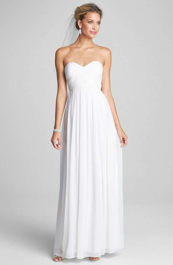 Donna Morgan's sweetheart chiffon gown has timeless appeal. 'Laura' Ruched Sweetheart Silk Chiffon Gown, $230-$298,   Nordstrom.com. Photo: Nordstrom