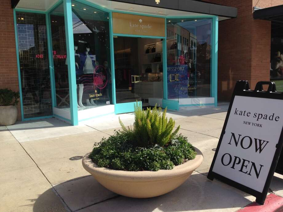 Kate Spade is now open at Market Street - The Woodlands. Photo: Katherine Feser, Houston Chronicle