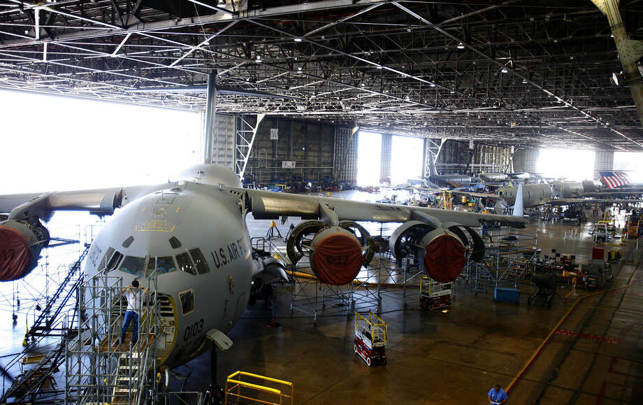 C-17s are repaired at Boeing's local facility in 2009. In September, Boeing said it was ending production of its C-17 military cargo jet. Photo: Express-News File Photo / San Antonio Express-News