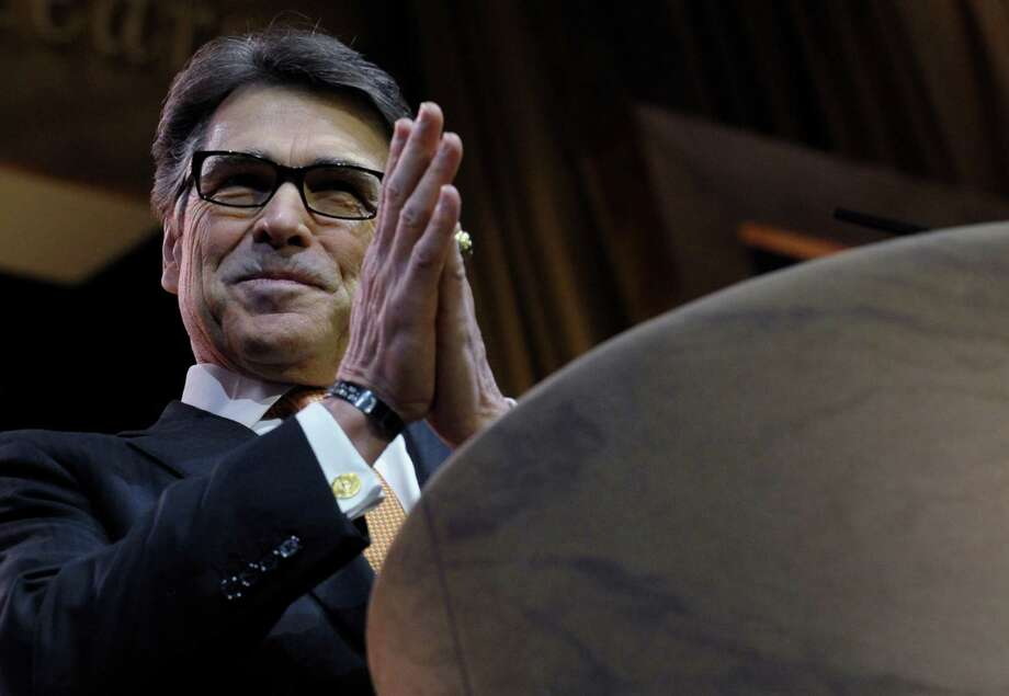 Texas Gov. Rick Perry's rousing speech Friday to the annual conference of the Conservative Political Action Committee may have breathed new life into his prospects for another run at the White House. Photo: Susan Walsh, STF / AP