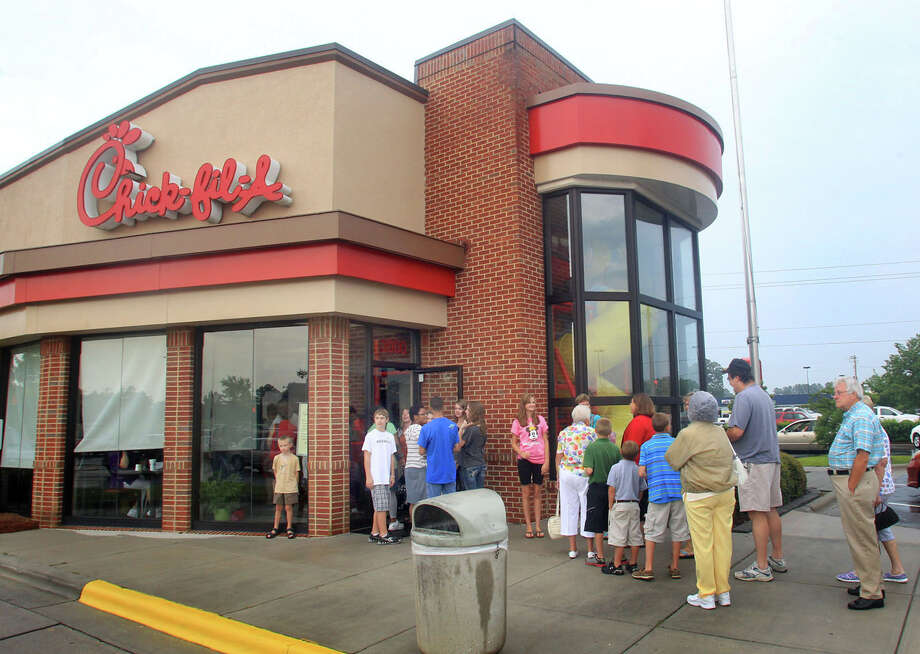 Chick-fil-A participates in the Kids LiveWell program, although the chain focuses heavily on fried chicken. Photo: Chuck Beckley / The Sun Journal