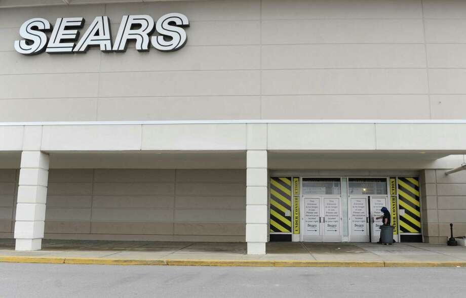Retail companies most likely to declare bankruptcy in 2018Sears HoldingsRank 2