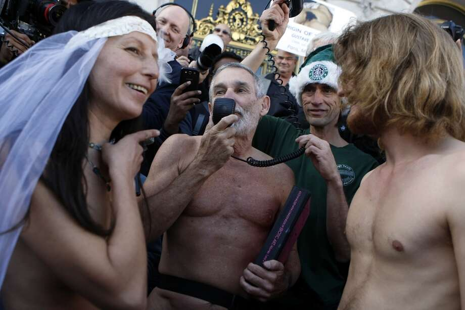 This wasn't just a nude wedding, it was also a protest. For S.F. stereotypes, it's a two-fer!  Photo: Michael Short, The Chronicle