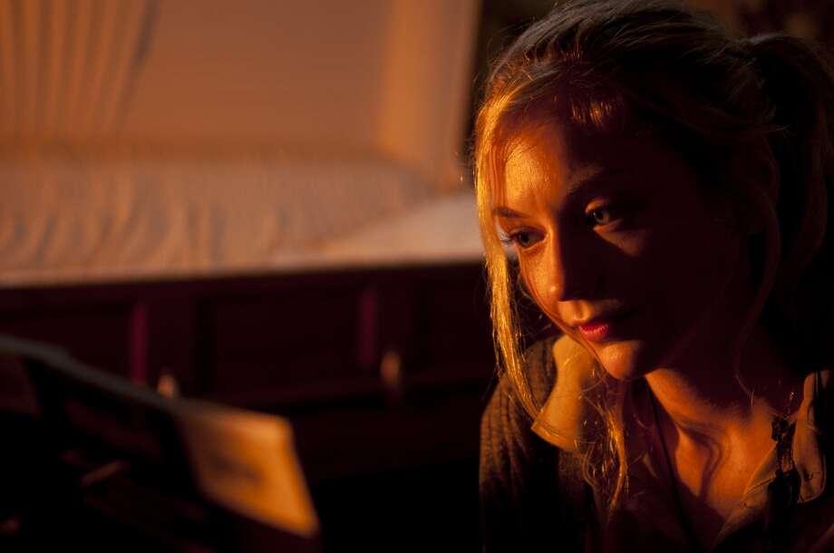 Beth Greene (Emily Kinney) - The Walking Dead _ Season 4, Episode 13 - Photo Credit: Gene Page/AMC Photo: Gene Page/AMC