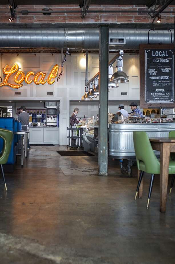 The view of the main dining room and ordering counter at Local Foods in Rice Village. Photo: TODD SPOTH, TODD SPOTH / PHOTOGRAPHER