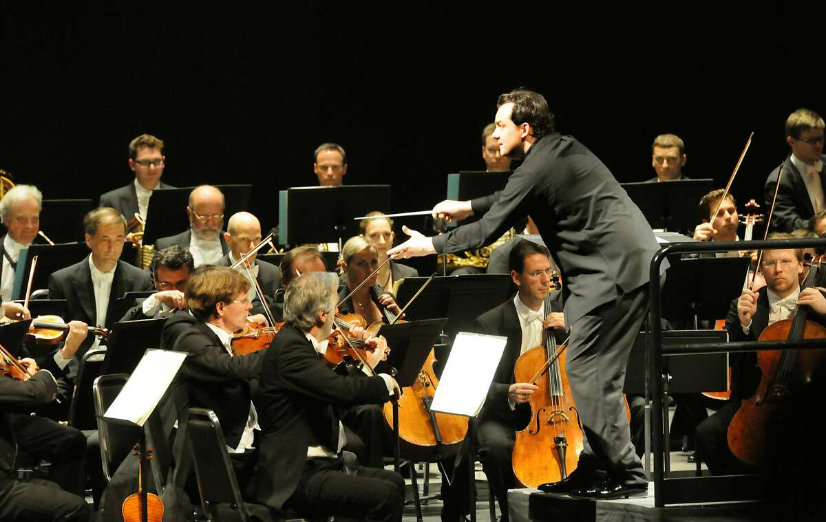 Andris Nelsons conducts the Vienna Philharmonic in Berkeley's Zellerbach Hall, 3/9/14