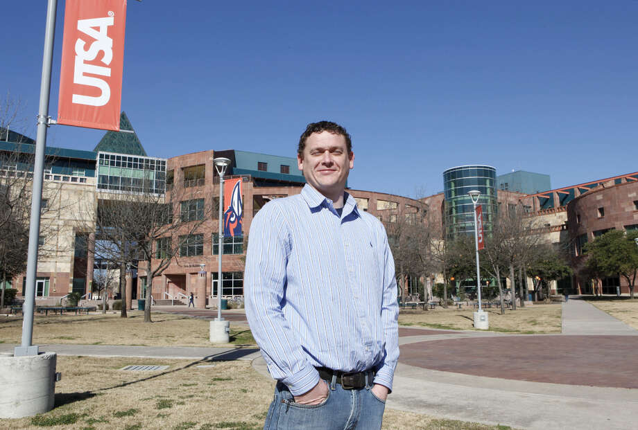 Michael Huebner, president of the UTSA Student Veterans Association, is an Army veteran. He started his term as president in August 2013. Huebner helps service members, veterans and their families who attend UTSA with various resources, information and guidance that may be needed. Photo: Cynthia Esparza / For The San Antonio Express-News / For the San Antonio Express-News