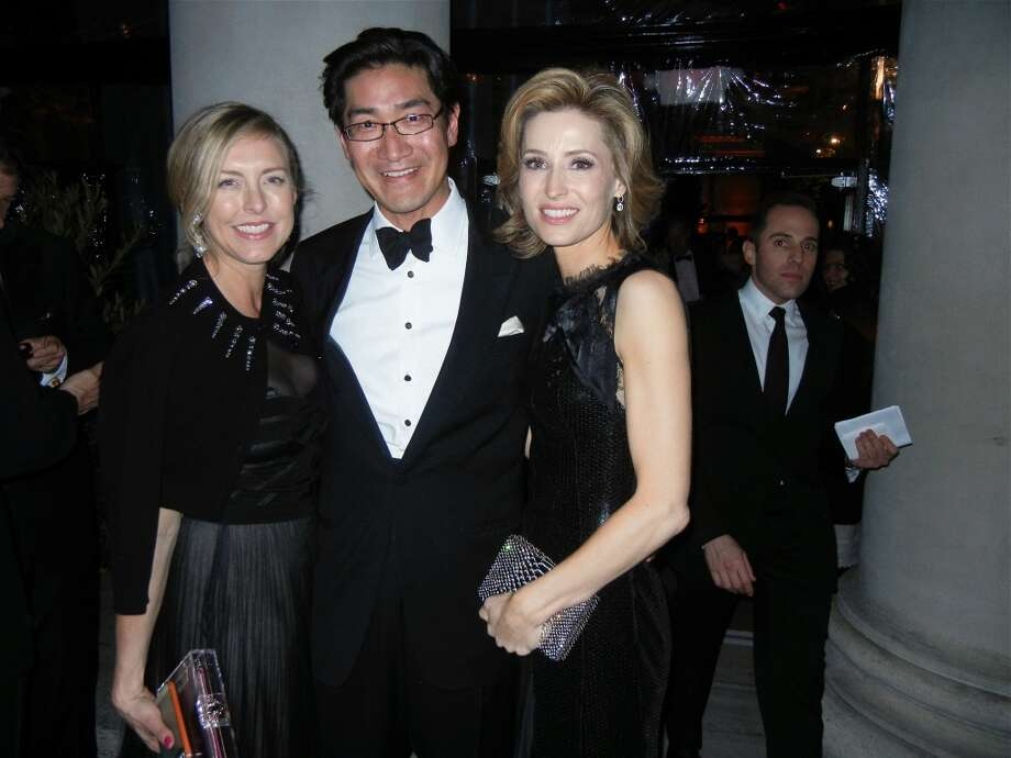 Kate Sheridan Chung (at left) with her husband, FAM Trustee David Chung and Kate Harbin Clammer at the Mid-Winter Gala. Photo: Catherine Bigelow