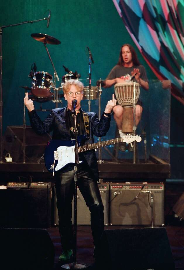 Musical guest Larry Kirwan of Black 47 performs on July 6, 1993. (Photo by: Margaret Norton/NBC/NBCU Photo Bank via Getty Images) Photo: NBC, NBCU Photo Bank Via Getty Images