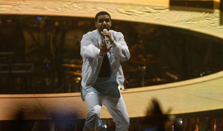 Drake performs at the Toyota Center, Wednesday, Nov. 13, 2013, in Houston. (Cody Duty / Houston Chronicle) Photo: Houston Chronicle