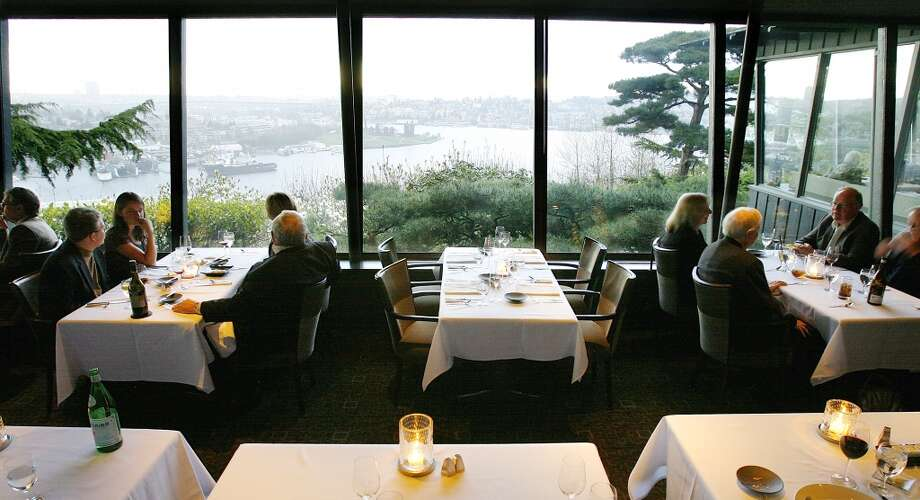 Outstanding Restaurant: Canlis, Seattle Photo: Gilbert W. Arias, Seattle Post-Intelligencer