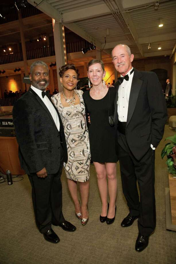 "Tommie Moon, Renel Brooks- Moon, Barb Lindhorst and Jerry Mosher at Smuin Ballet's ""XXTRAVAGANZA"" Gala on March 7, 2014. Photo: Drew Altizer Photography/SFWIRE, Drew Altizer Photography / ©2014 by Drew Altizer, all rights reserved"
