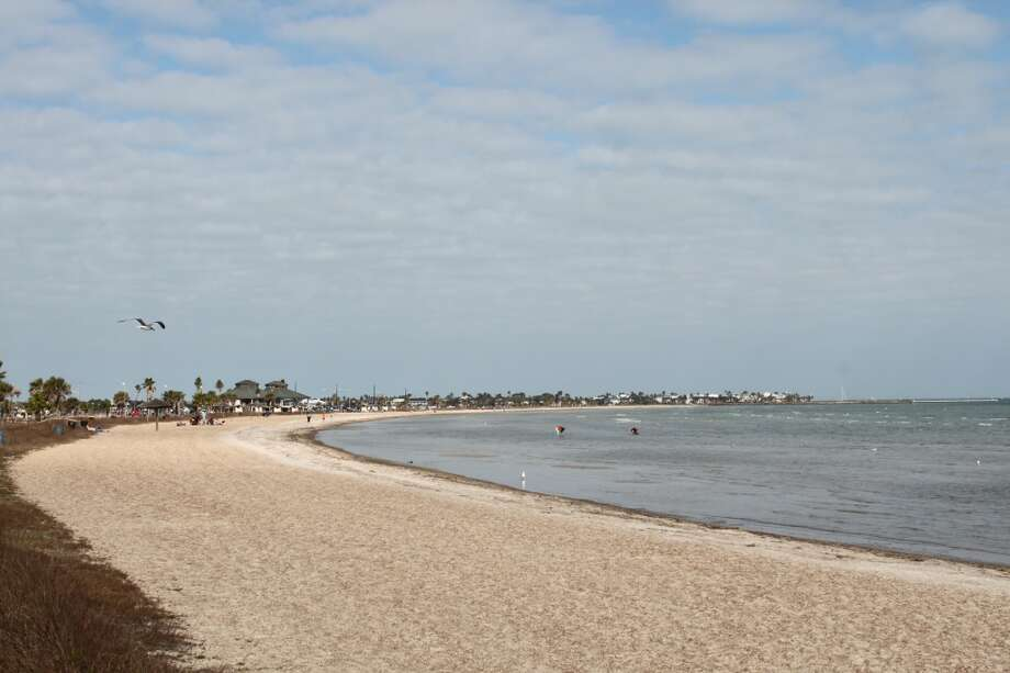 The crescent-shaped public beach in Rockport. Photo: Karen-Lee Ryan, For The Express-News