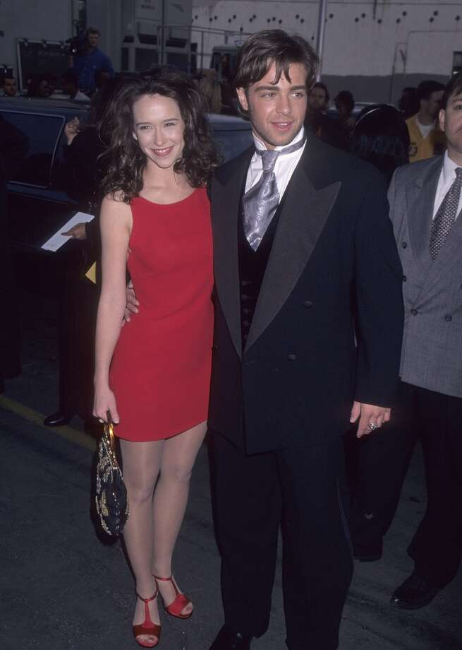 """You may have known that actress Jennifer Love Hewitt dated Carson Daly (she broke up with him via press release!) or John Mayer (he supposedly wrote """"Your Body Is a Wonderland"""" about hers), but did you know that she also dated '90s heartthrob Joey """"Whoa"""" Lawrence? Well, now you do. Photo: Ron Galella, WireImage"""