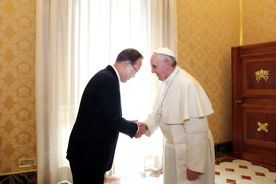 Pope Francis (R) meets with  UN Secretary-General Ban Ki-moon (L) at his private library on April 9, 2013 in Vatican City, Vatican.  According to reports, the ongoing conflict in Syria and the situation in the Korean peninsula are due to be discussed. Photo: Vatican Pool, Getty Images / 2013 Vatican Pool