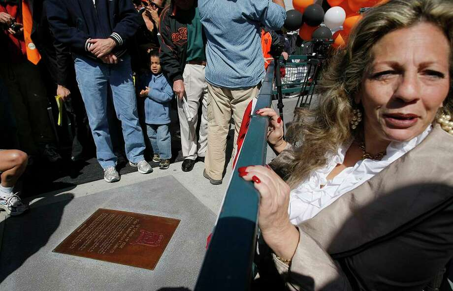April 15, 2008: The Giants honored the 50th anniversary of its Seals Stadium debut. The real location of home plate is inside an Office Depot. Photo: Michael Macor, The Chronicle / The Chronicle