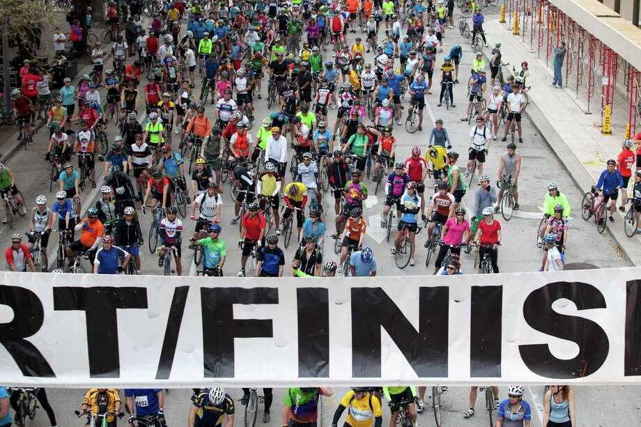 Participants prepare to ride at Tour de Houston, March 17, 2013 in Houston. Photo: Eric Kayne, Freelance / © 2013 Eric Kayne
