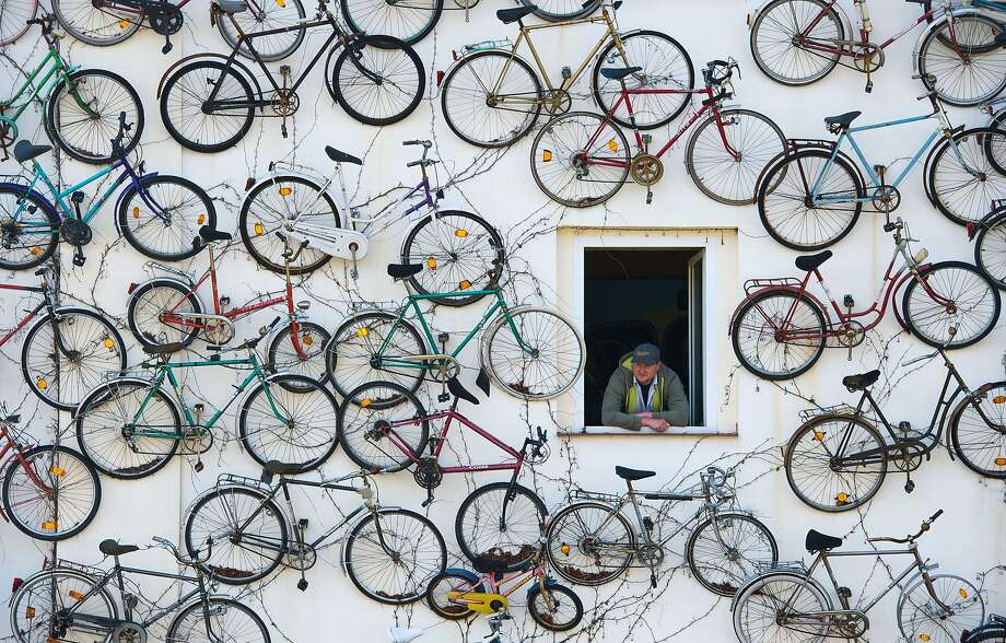 There's no sign, but it's pretty clear what Pet Horstmann sells at his shop in 