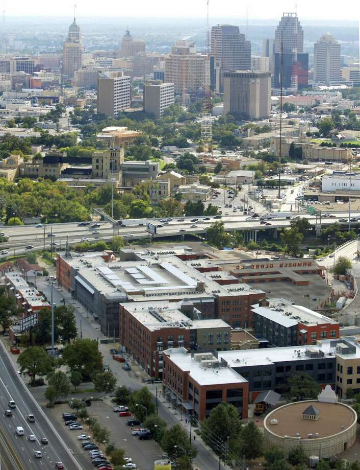 "There are buildings downtown that will not help the city achieve the ""Decade of Downtown"" envisioned by the mayor. Some buildings exemplify urban blight. Photo: Express-News File Photo / © 2012 San Antonio Express-News"