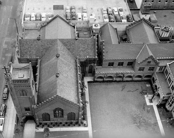 Christ Church Cathedral, 1953. Photo: Houston Chronicle / Houston Chronicle