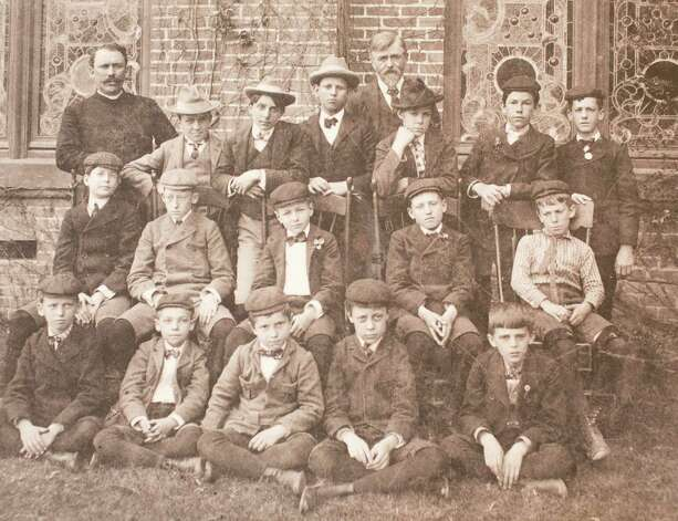 The Reverend Henry D. Aves and the boys Sunday school class circa 1900, March 13, 2014 in Houston on display at Treebeards. Photo: Eric Kayne, For The Chronicle / Eric Kayne