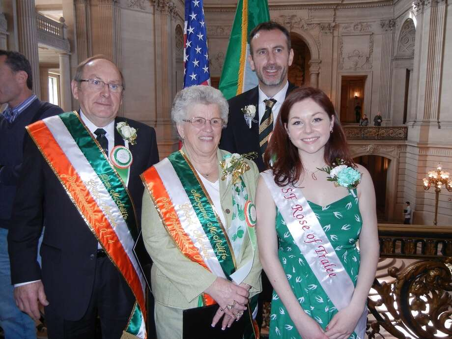 Irish Consul General Philip Grant (back row) with (from left) St. Patrick's Day Parade Grand Marshalls Dan and Margaret McAuliffe and  Rosie Keehan, the S.F. Rose of Tralee, at City Hall. Photo: Catherine Bigelow